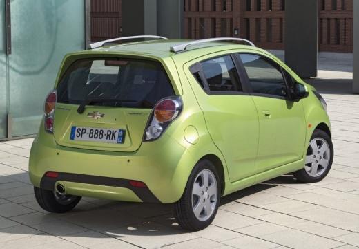 CHEVROLET Spark II hatchback zielony tylny prawy
