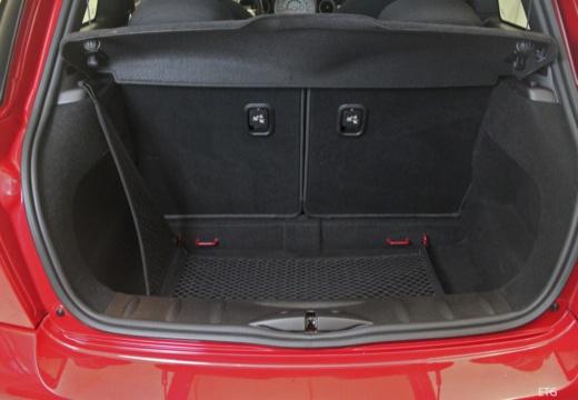 MINI [BMW] Mini MINI One III hatchback przestrzeń załadunkowa