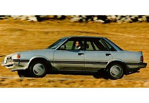 SUBARU 1800 sedan silver grey przedni lewy