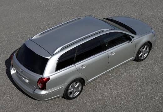 Toyota Avensis kombi silver grey górny tylny