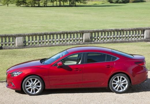 MAZDA 6 V sedan czerwony jasny boczny lewy