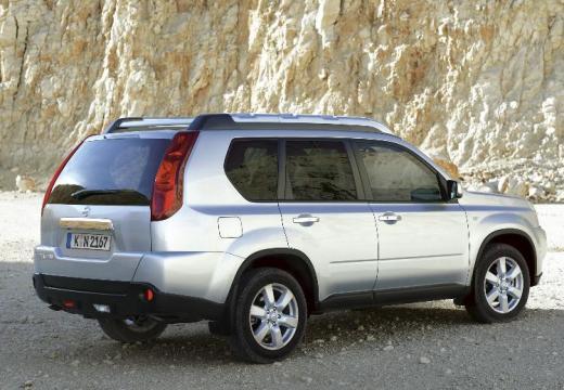 NISSAN X-Trail II kombi silver grey tylny prawy