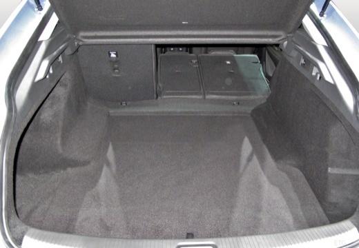 OPEL Insignia Grand Sport hatchback przestrzeń załadunkowa