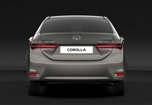 Toyota Corolla sedan silver grey tylny
