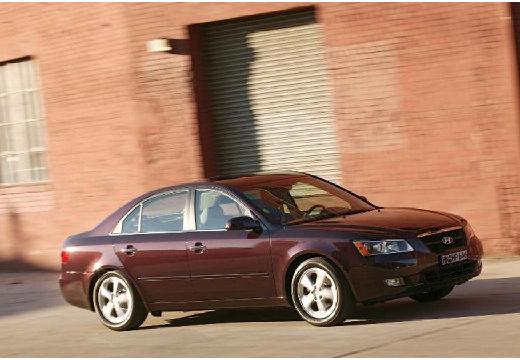 HYUNDAI Sonata sedan bordeaux (czerwony ciemny) przedni prawy
