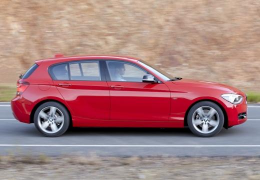 BMW Seria 1 F20 I hatchback czerwony jasny boczny prawy