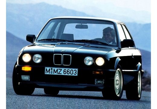 BMW M3 Evolution Sedan E30 2.5 238KM (benzyna)