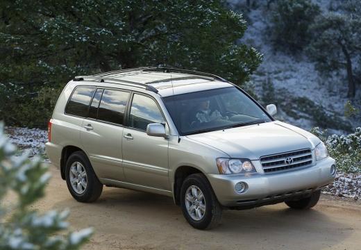 Toyota Highlander kombi silver grey przedni prawy