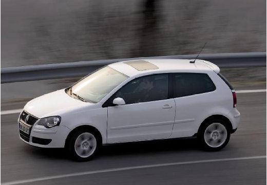 VOLKSWAGEN Polo IV II hatchback biały przedni lewy