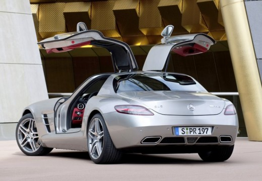 MERCEDES-BENZ SLS AMG coupe silver grey tylny lewy