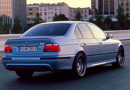BMW Seria 5 E39 sedan niebieski jasny tylny prawy