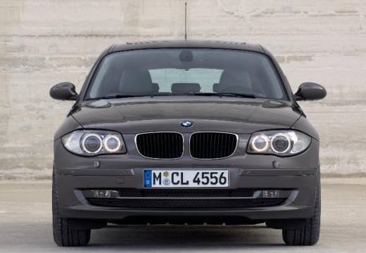 BMW 116i Hatchback E87 II 1.6 122KM (benzyna)