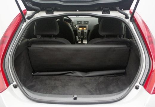 VOLVO C30 I hatchback przestrzeń załadunkowa