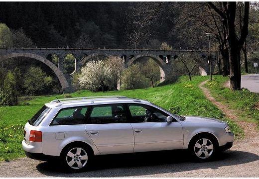 AUDI A6 /S6 Avant 4B II kombi silver grey boczny prawy