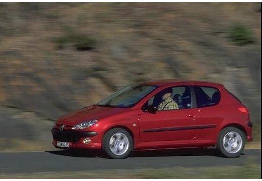 PEUGEOT 206 I hatchback czerwony jasny przedni lewy