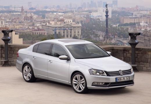 VOLKSWAGEN Passat VI sedan silver grey przedni prawy