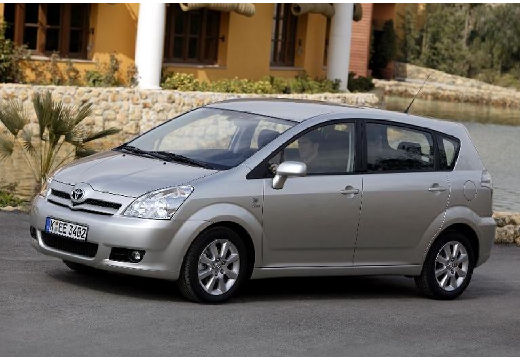 Toyota Corolla 2.2 D-4D Sol + 7os Kombi mpv Verso II 2.3 136KM (diesel)