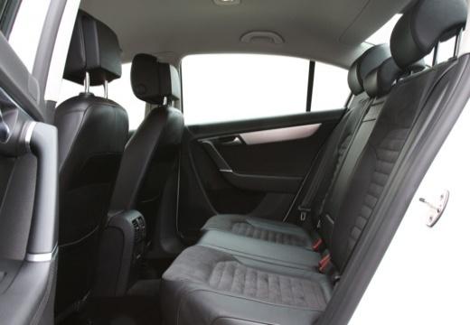 VOLKSWAGEN Passat VI sedan biały wnętrze