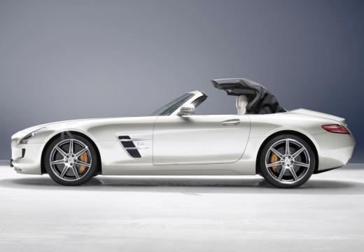 MERCEDES-BENZ SLS AMG roadster biały boczny lewy
