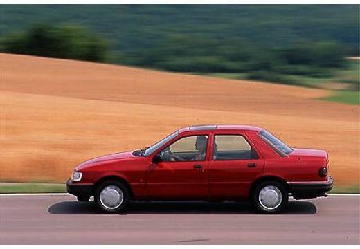 FORD Sierra sedan czerwony jasny boczny lewy