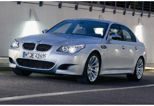 BMW Seria 5 E60 II sedan silver grey przedni lewy