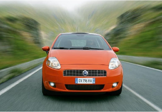 FIAT Punto Grande hatchback pomarańczowy przedni