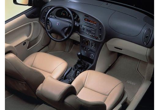 SAAB 9-3 I hatchback wnętrze