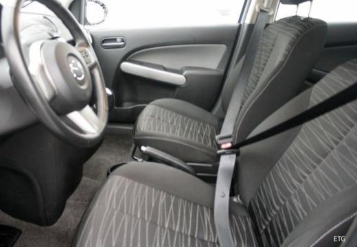 MAZDA 2 II hatchback boczny prawy