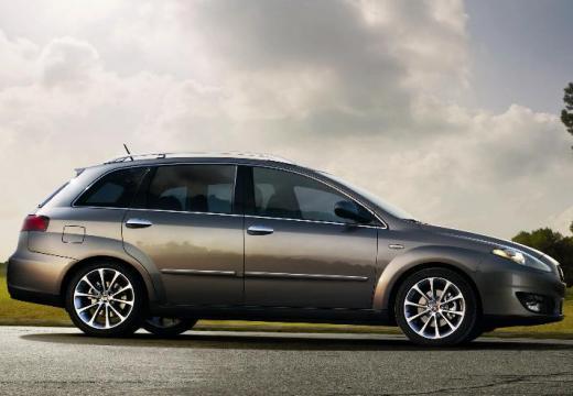 FIAT Croma III kombi szary ciemny boczny prawy