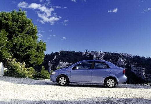 CHEVROLET Aveo I sedan silver grey boczny lewy