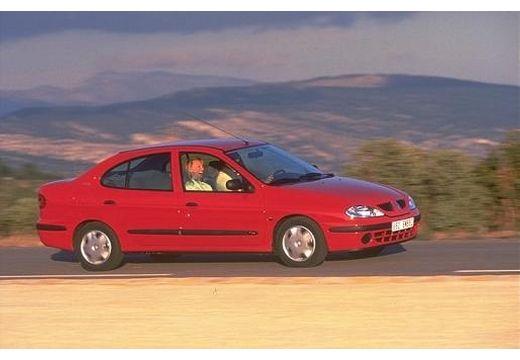 RENAULT Megane Classic III sedan czerwony jasny przedni prawy