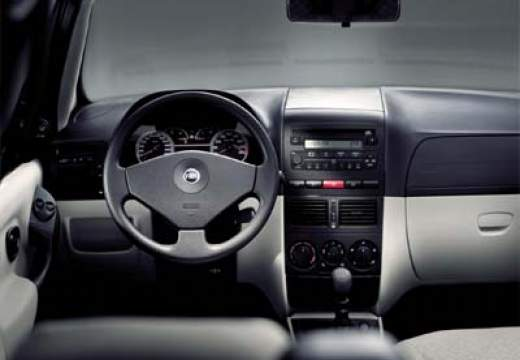 FIAT Albea sedan tablica rozdzielcza