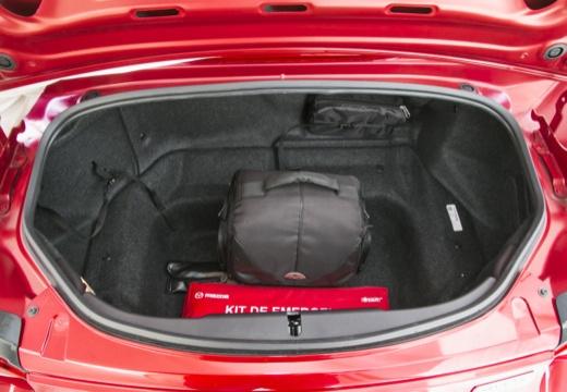 MAZDA MX-5 VII roadster przestrzeń załadunkowa