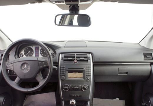 MERCEDES-BENZ Klasa B II hatchback tablica rozdzielcza