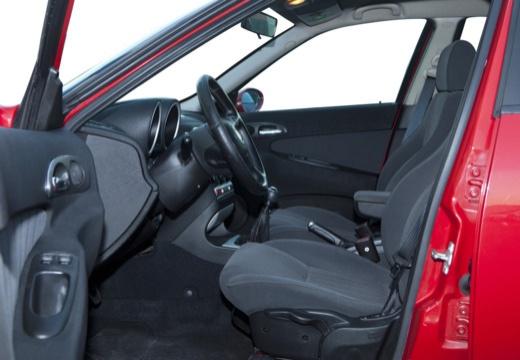 ALFA ROMEO 156 Sportwagon II kombi czerwony jasny wnętrze