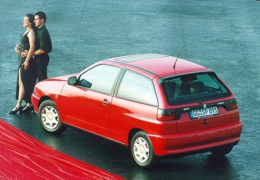 SEAT Ibiza II hatchback czerwony jasny tylny lewy
