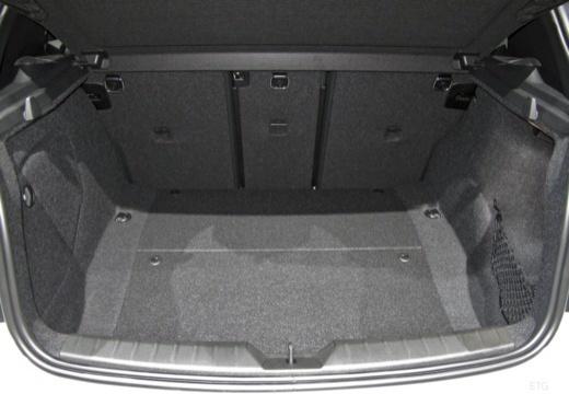 BMW Seria 1 F20 III hatchback przestrzeń załadunkowa