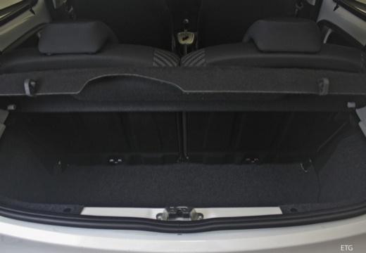 PEUGEOT 107 III hatchback przestrzeń załadunkowa