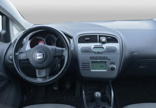 SEAT Altea hatchback tablica rozdzielcza