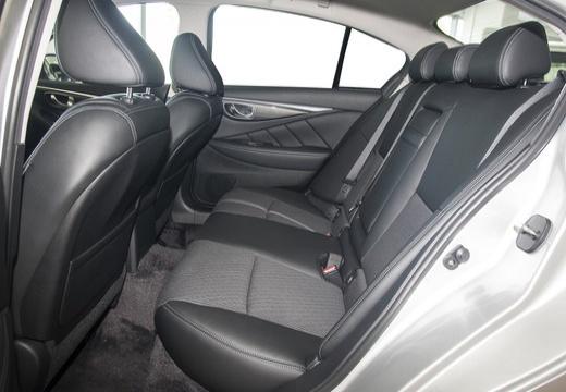 INFINITI Q50 I sedan biały wnętrze