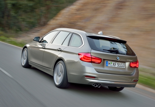 BMW Seria 3 kombi brązowy tylny lewy