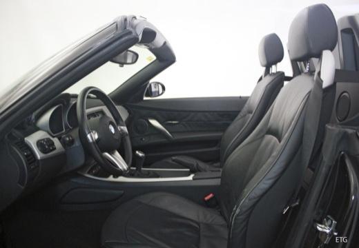 BMW Z4 E85 I roadster wnętrze