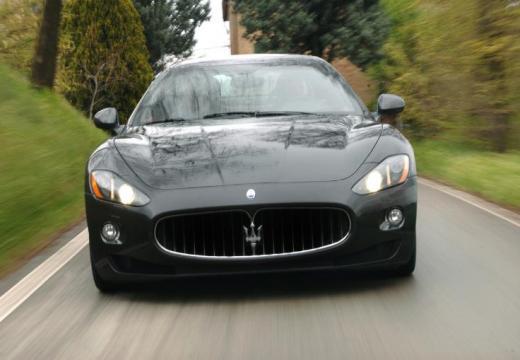 MASERATI GranTurismo S Coupe 4.7 460KM (benzyna)