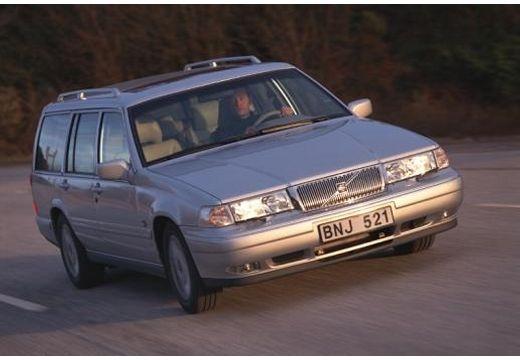 VOLVO 960 kombi silver grey przedni prawy