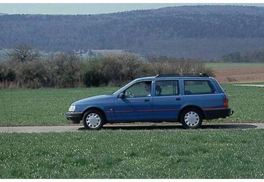 FORD Sierra II kombi niebieski jasny boczny lewy