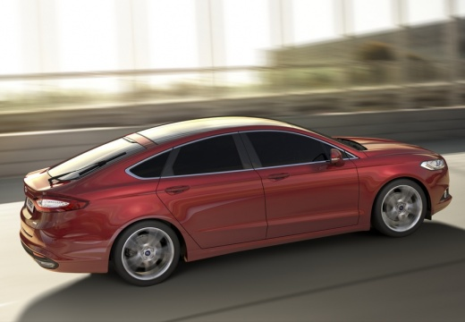 FORD Mondeo VIII hatchback czerwony jasny boczny prawy