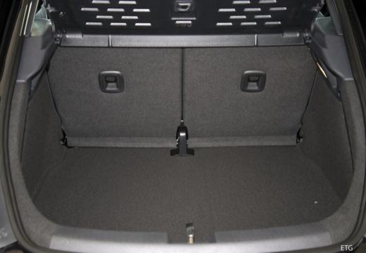 VOLKSWAGEN New Beetle Beetle II coupe przestrzeń załadunkowa