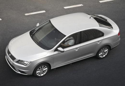 SEAT Toledo IV hatchback silver grey przedni lewy