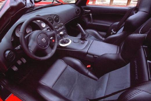 DODGE Viper Roadster coupe czerwony jasny wnętrze