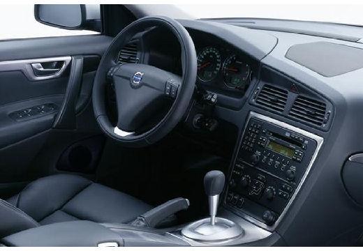 VOLVO S60 III sedan